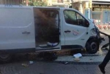 Два человека погибли при наезде микроавтобуса на пешеходов в Барселоне