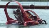 В России на спор создан автомобиль, способный летать, ездить и плавать